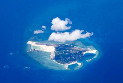 China says it 'drove away' U.S. warship in South China Sea 2