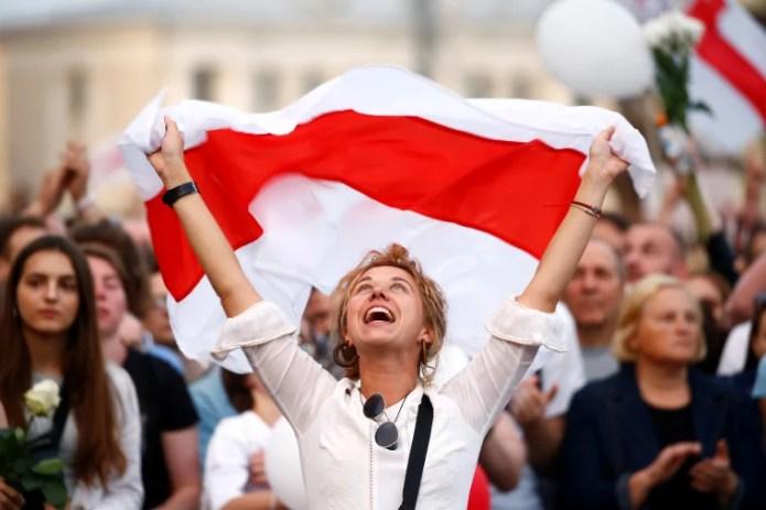 https://i1.wp.com/media-cldnry.s-nbcnews.com/image/upload/t_fit-760w,f_auto,q_auto:best/newscms/2020_33/3404690/200814-belarus-protest-se-258p.jpg?w=696&ssl=1