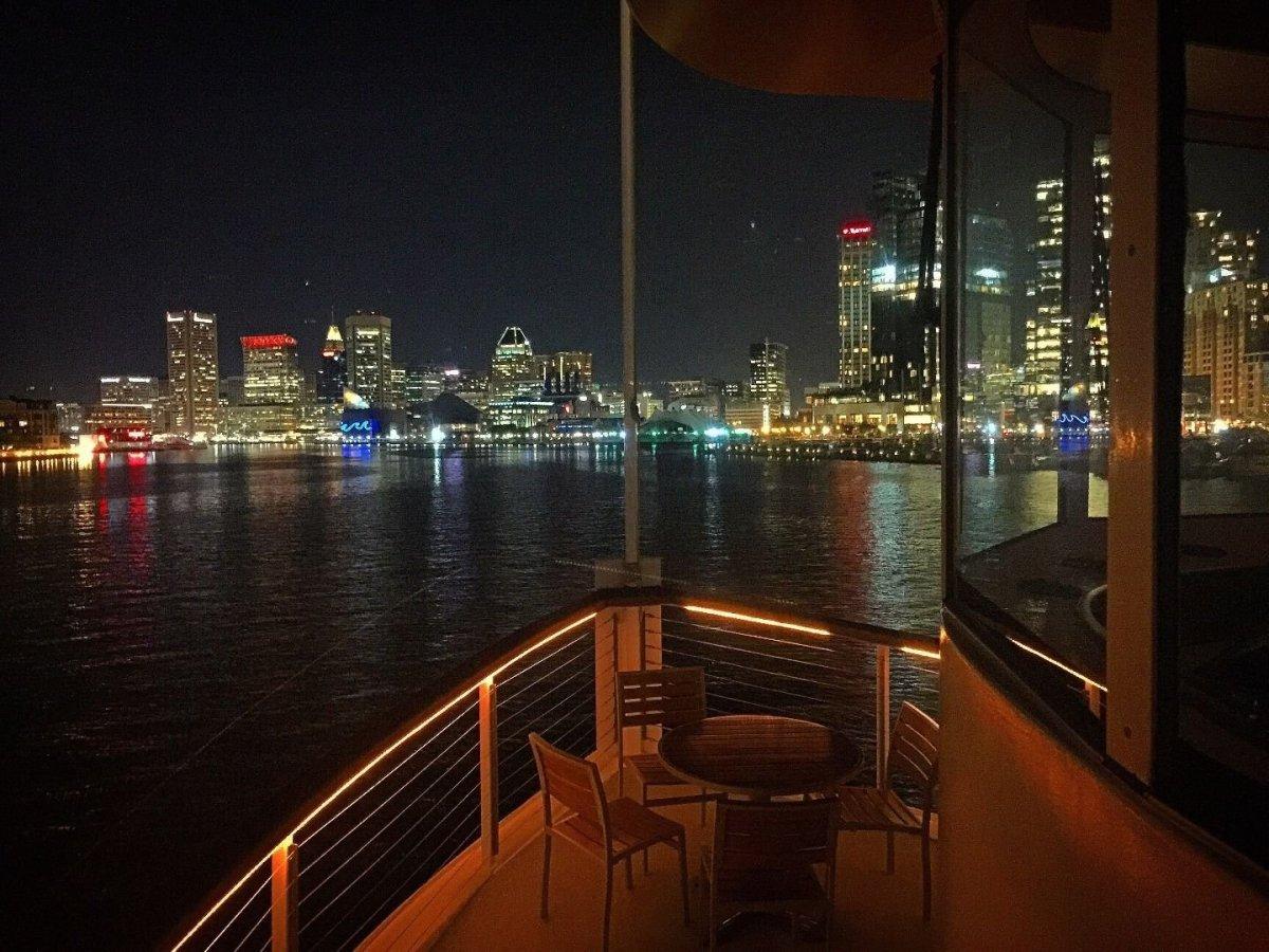 Cruises on the Bay