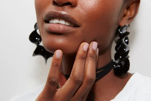 The cloudy pink mani—the result of two coats of Essie's Hi Maintenance—at Altuzarra is on the neutral end of the scale, which makes it perfect if you want something feminine but still low-key (which, incidentally, makes it the ideal bridal manicure).