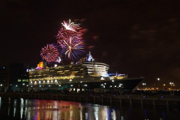 Resultado de imagen para turistas celebran año nuevo en mazatlan