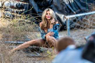 Rachel-McCord-in-STS-Blue-Photoshoot-12