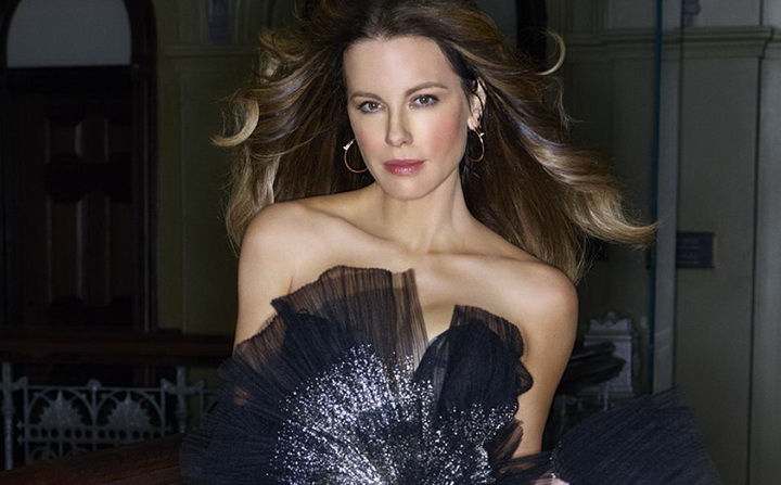 kate-beckinsale-dujour-spring-2019-00