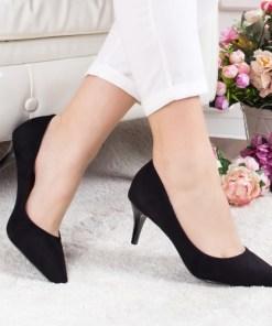 Pantofi Humaira negri cu toc
