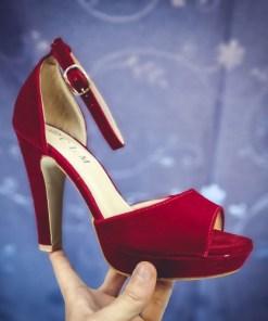 Sandale Mireli rosii cu toc