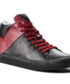 Sneakers GUESS - FJZAC3 LEA12 001