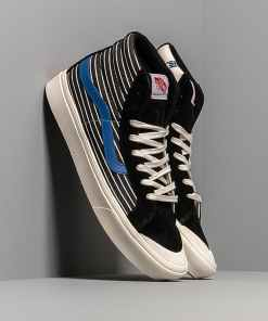 Vans Comfycush Style 1 (Suede/ Canvas) Black/ White