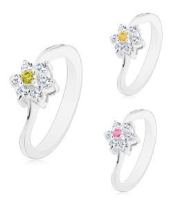Bijuterii eshop - Inel cu brate ingusta si unduite, floare cu centru colorat AC20.20 - Marime inel: 49, Culoare: Verde Deschis