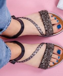Sandale dama cu talpa joasa piele naturala negre cu floricele Darifa