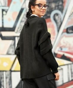 Cardigan negru casual cu croi larg din material tricotat cu aplicatii cu paiete si inchidere cu snur