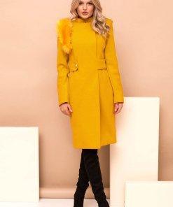 Palton PrettyGirl mustariu din stofa cu insertii cu blana ecologica accesorizat cu cordon