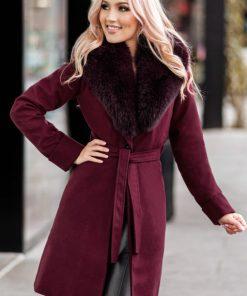 Palton dama bordo scurt cambrat cu guler din blana naturala de vulpe Darcy