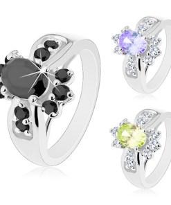 Inel argintiu, zirconiu oval colorat și zirconii rotunde transparente - Marime inel: 50, Culoare: Verde Deschis