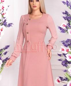 Rochie de zi roz pudra cu nasturi aurii