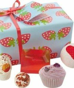 Set cadou Strawberry Patch, Bomb Cosmetics