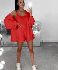 Compleu dama 3 piese din bumbac rosu compus din pantaloni scurti + maieu + hanorac