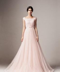 Rochie Ana Radu roz deschis de lux in clos din tul si dantela captusita pe interior accesorizata cu cordon