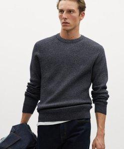 Pulover din tricot fin cu decolteu la baza gatului Dragor 3066061