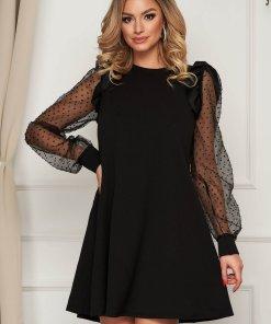 Rochie neagra scurta de ocazie cu croi larg din material usor elastic cu aplicatii din plumeti