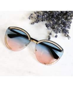 Ochelari de soare cat eye cu lentile in gradient albastru-roz polarizate și pietricele strălucitoare