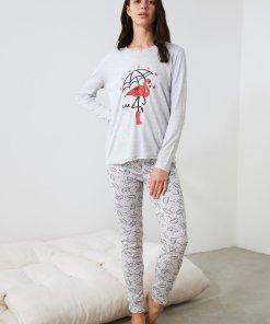 Pijama cu imprimeu si decolteu la baza gatului 3354108