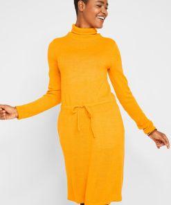 Rochie tricotată cu guler înalt - galben