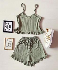 Pijama dama verde deschis ieftina scurta cu maieu cu volanase si imprimeu simplu
