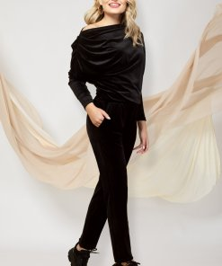 Trening PrettyGirl negru cu croi larg din doua piese din catifea cu pantaloni cu buzunare si bluza cu umar cazut
