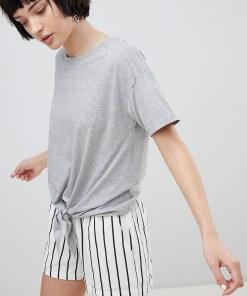 New Look - T-Shirt zum Zubinden vorne - Grau