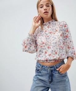 New Look - Florale Bluse in Metalli-Optik - Mehrfarbig