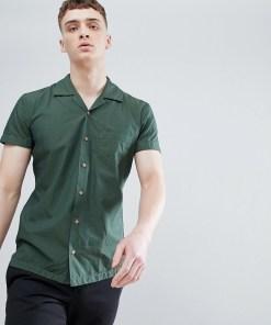 Boss - Kurzärmliges Hemd mit Reverskragen in Khaki - Grün