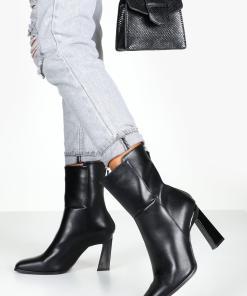 Womens Ankle Boots mit rückseitigem Reißverschluss und raffiniertem Absatz - schwarz - 36, Schwarz