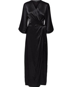 SELECTED FEMME Satin Wickel Maxikleid schwarz