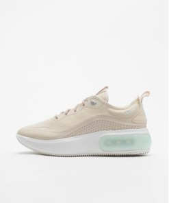 Nike Frauen Sneaker Air Max Dia in beige