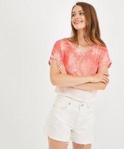 T-Shirt im Batik-Stil