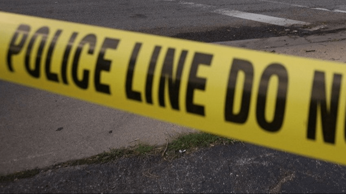 , Police shoot pit bull as it attacked smaller dog in Fort Lupton, police say, The Evepost National News