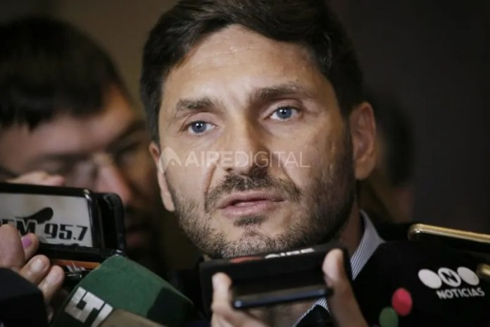 El exministro Pullaro realizó lapresentación judicial que disparó la causa.