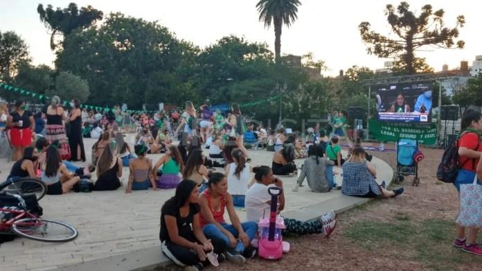 Desde las 19 del jueves hay vigilia en la Plaza San Martín de Santa Fe.