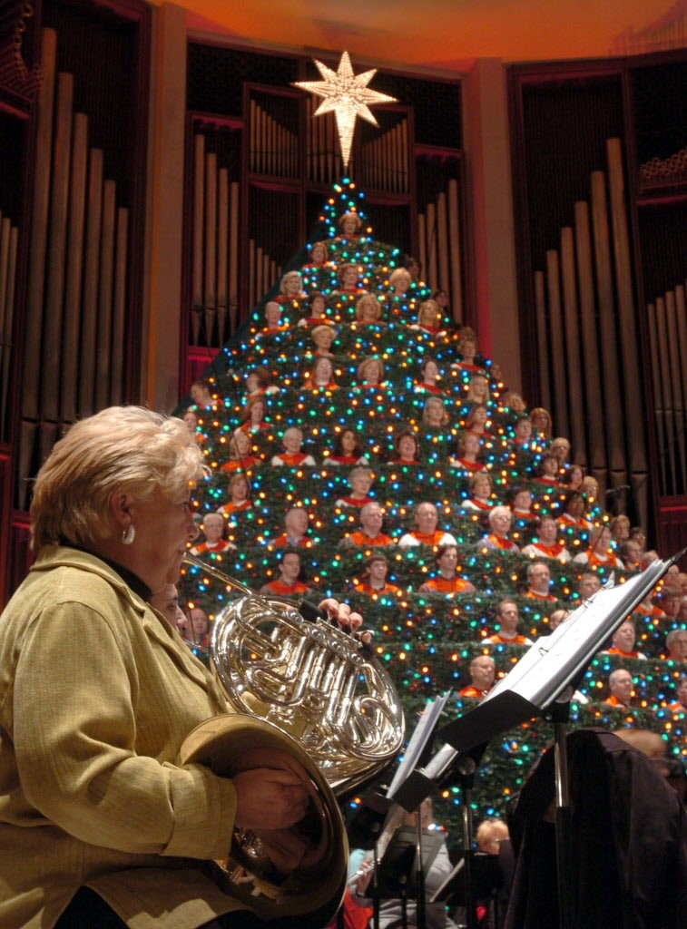 Living Christmas Tree 2014 In Huntsville Ala To Include
