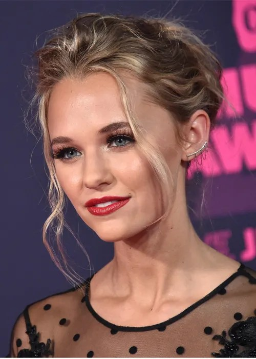 All Of Our Favorite Looks From The CMT Music Awards Allure