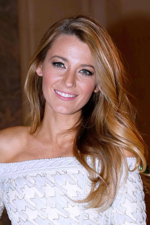 Get Blake LivelyLevel Shiny Hair In 3 Easy Steps Allure
