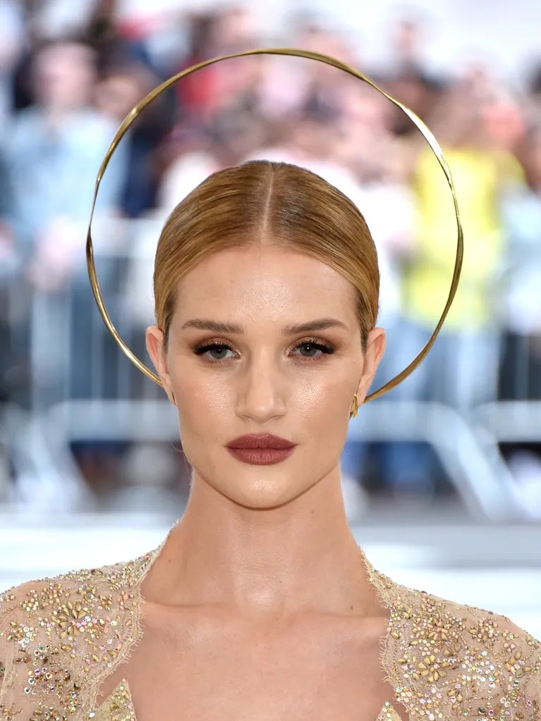 Rosie Huntington Whiteley Wears Actual Halo To The 2018