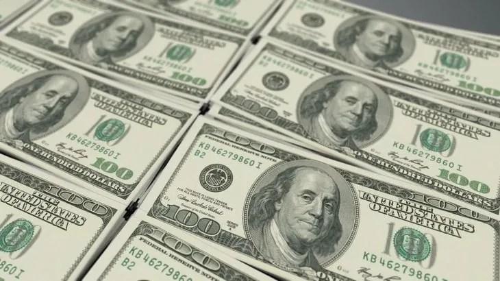 El dólar rozó los $47 pero el BCRA lo contuvo con futuros y una tasa de casi 63%
