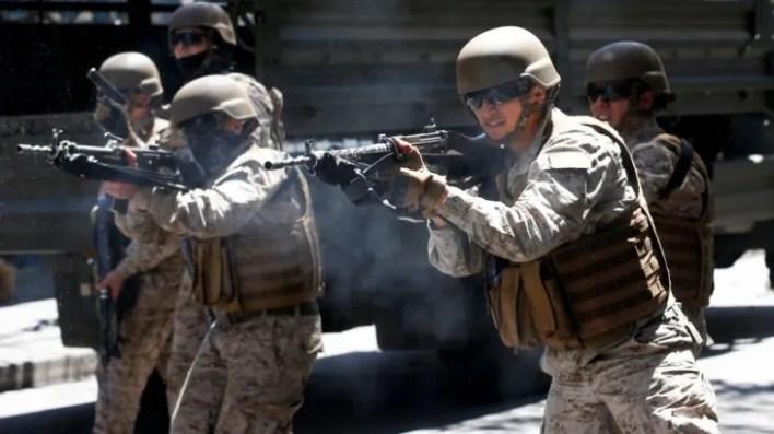 La militarización del país fue ordenada por el presidente Sebastián Piñera.