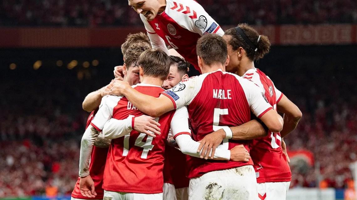 Eliminatorias europeas: Dinamarca clasificó al Mundial, España y Portugal quedaron segundos