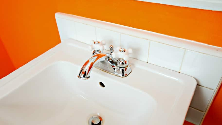 potential costs of a plumbing leak