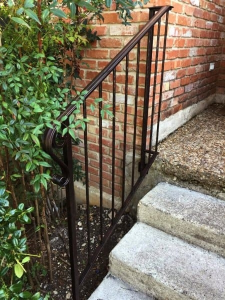 How To Paint Wrought Iron Railings Angie S List | Wrought Iron Outdoor Handrails | Curved | Vintage Salvaged Outdoor Iron | Aluminum | Modern | Residential
