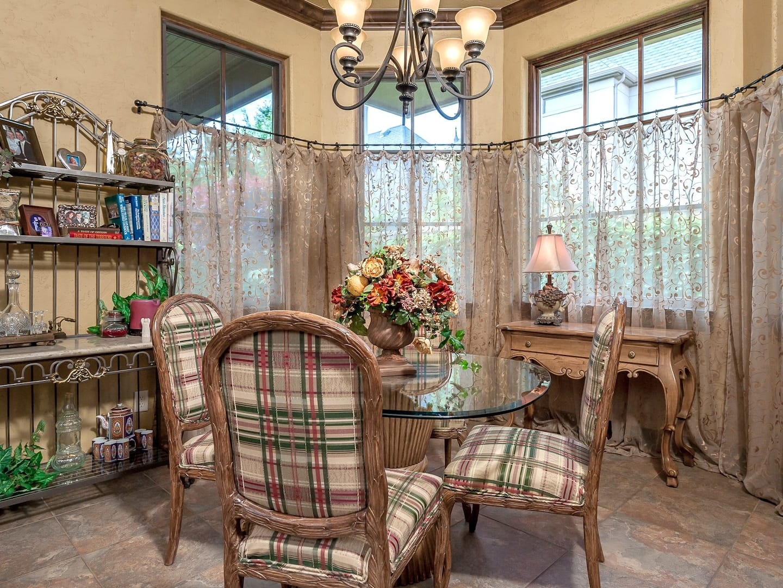 Dining Room Curtain Ideas | Angie's List on Dining Room Curtain Ideas  id=74963