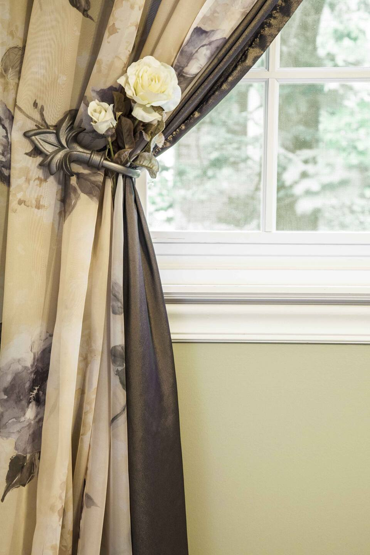 15 Dining Room Curtains Ideas   Angie's List on Farmhouse:-Cra1Rtrksu= Dining Room Curtains  id=69689