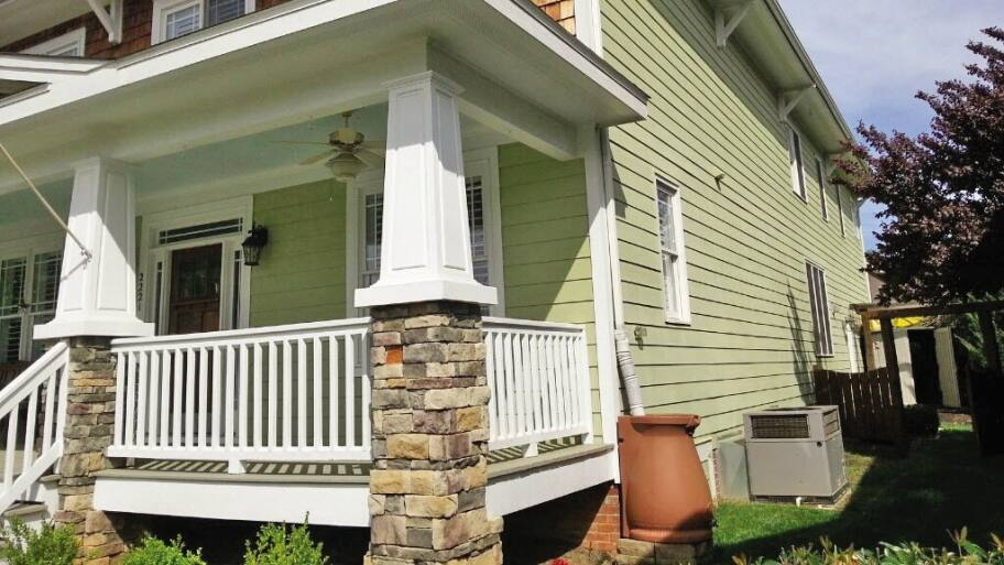 How To Choose The Right Paint For Your Home's Exterior